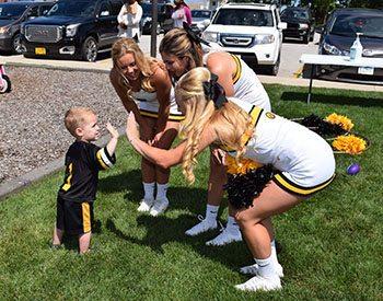 hawk-cheerleaders-cropped
